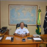 Rear Admiral Petronio at the headquarters of the Office of Program Management in Rio de Janeiro, which manages 10 programs. (Photo: Brazilian Navy)