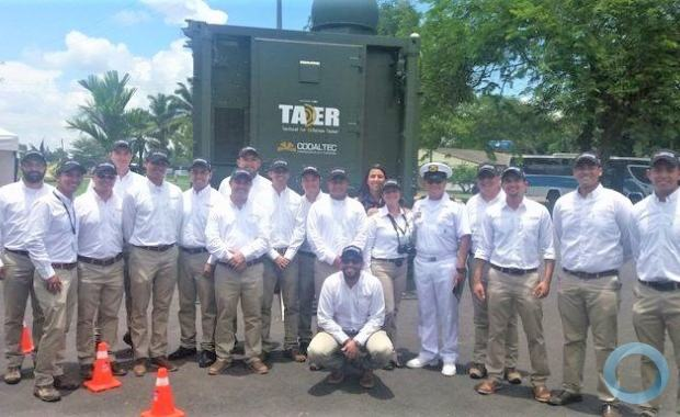 A mixed group of military and civilian engineers developed the project through which Colombia became the only country in the region to have acquired the capacity to build radars. (Photo: CODALTEC)